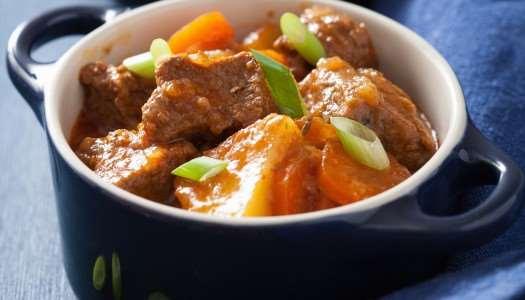 Πικάντικη σούπα με βιολογικά λαχανικά και μίνι φασολάκια