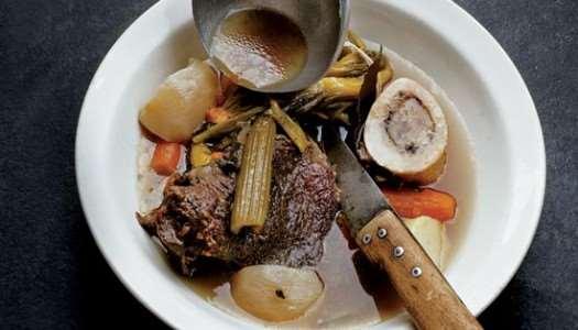 κρεατόσουπα με βουβαλίσιο κρέας και λαχανικά