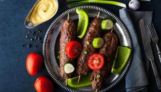 Παραδοσιακό κεμπάπ με βουβαλίσιο κρέας