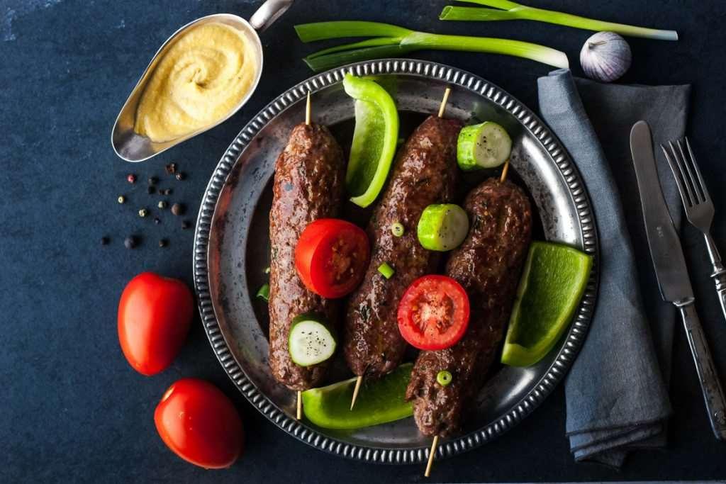 βουβαλίσιο κεμπάπ Μπόρας, βουβαλίσιο κρέας, βουβάλι, βουβαλίσιο κεμπαπ, με βουβαλίσιο κρέας, πρόβειο
